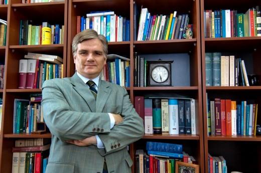 Profesor Carlos Hakansson Nieto, docente de la Univeridad de Piura.