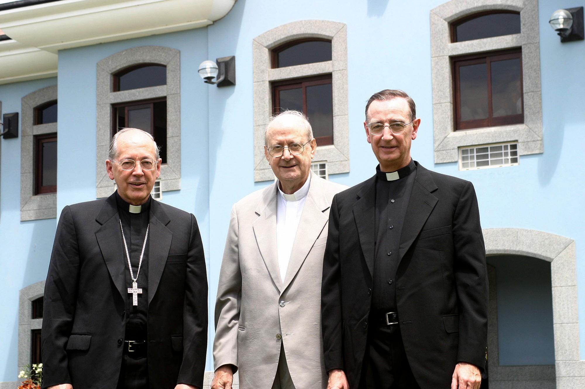 Juan Luis Cipriani, Padre Pazos y José Luis López Jurado.
