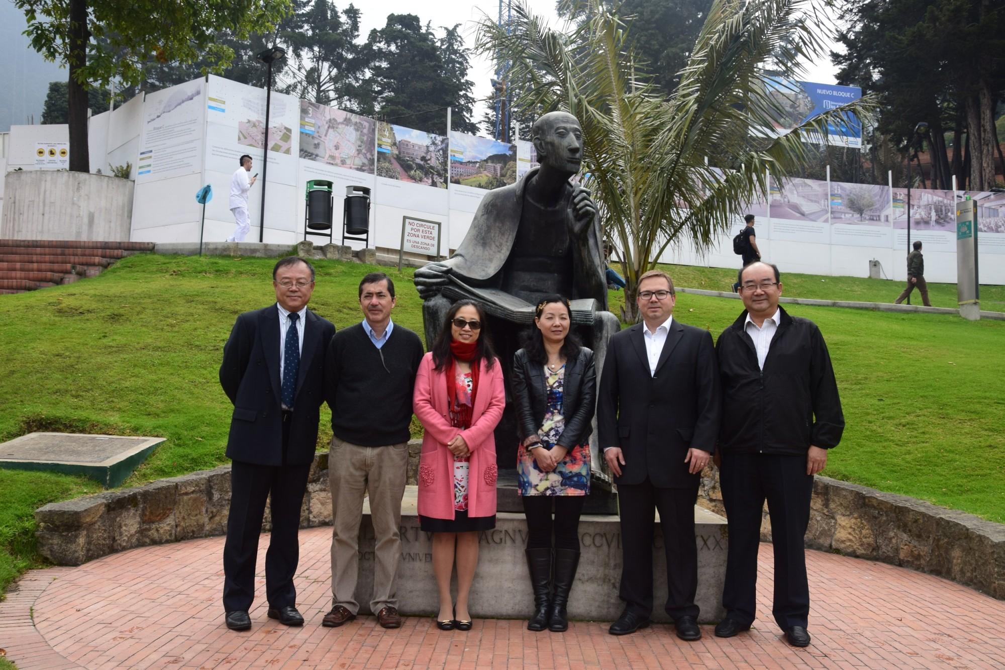 conferencia-en-colombia-Gui-Qin